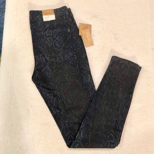 Rachel Rachel Roy Denim Icon Skinny Jeans 28 NWT